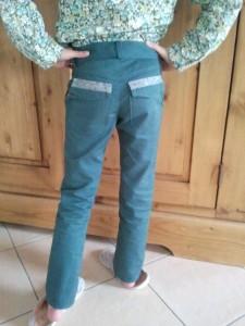 -Pantalon vert tendance pour Charlotte dans Pantalon 2012-09-24-18.45.59-e1348599922894-225x300